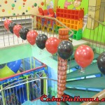 Balloon-deritas at Play Maze