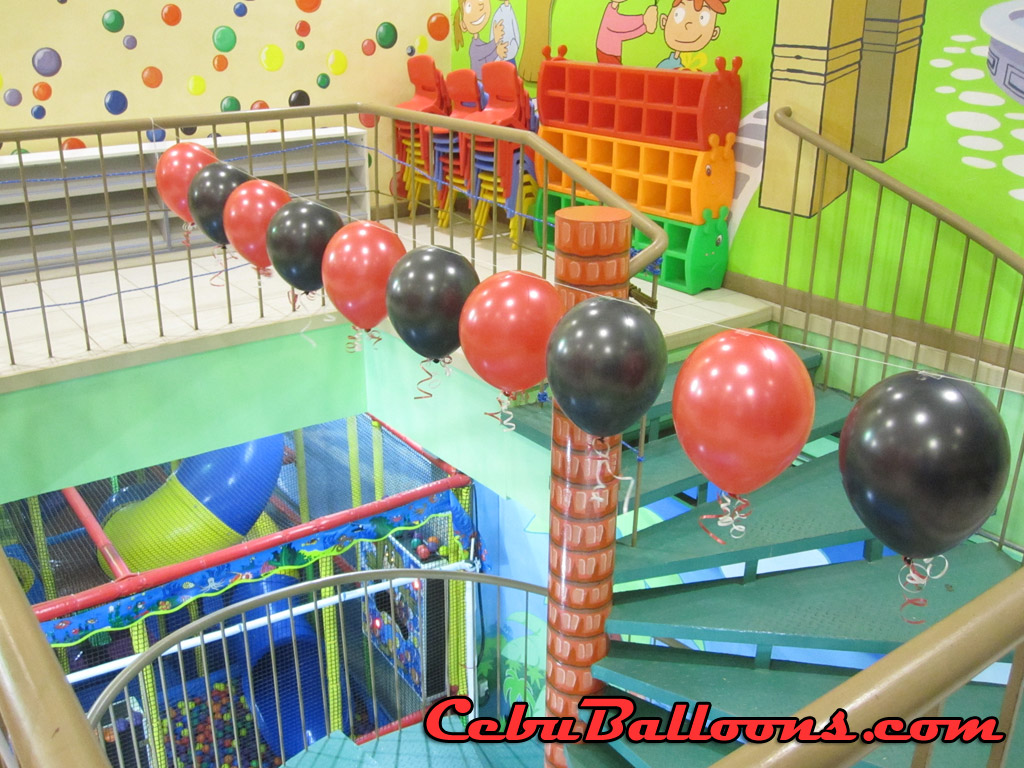 Birthday centerpieces with curled stick cebu balloons
