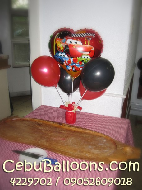 Centerpiece for lechon or buffet table cebu balloons and