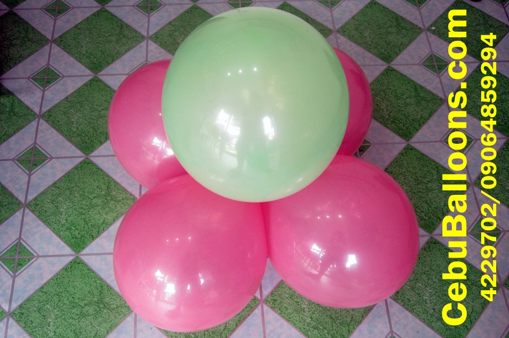 Simple Stage Balloon Decoration