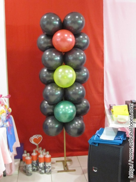 Balloon Column (Cars)