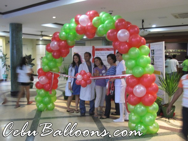 Arch for Ribbon Cutting (Vicente Sotto Memorial Medical Center)