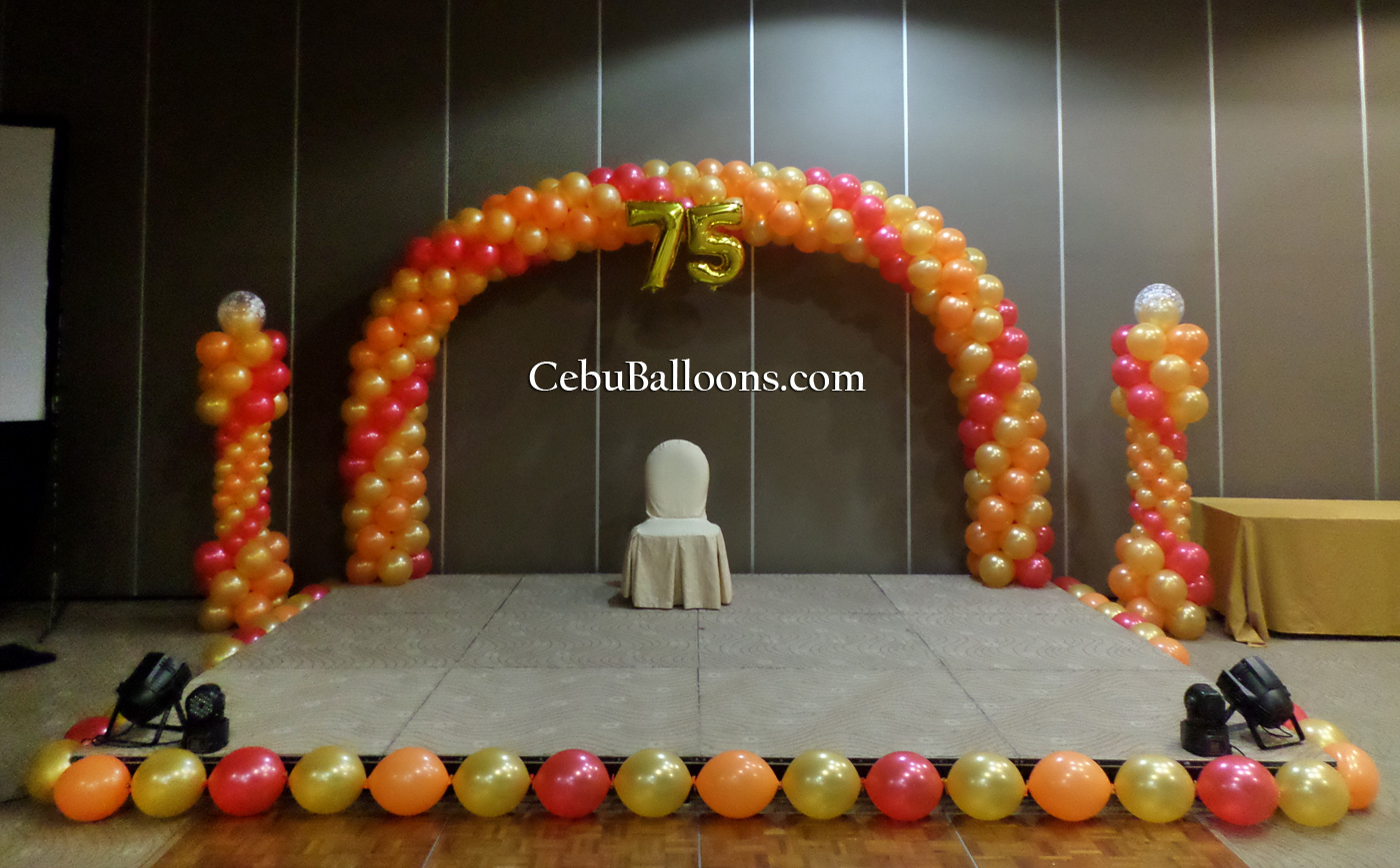City sports club cebu cebu balloons and party supplies for Balloon decoration for stage