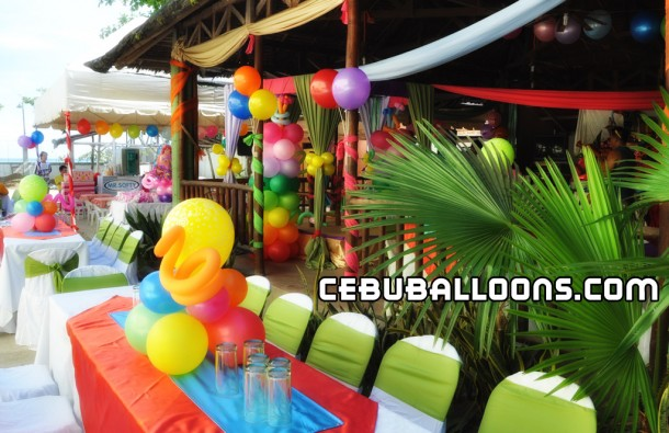 Balloon Decoration at Circa La Playa