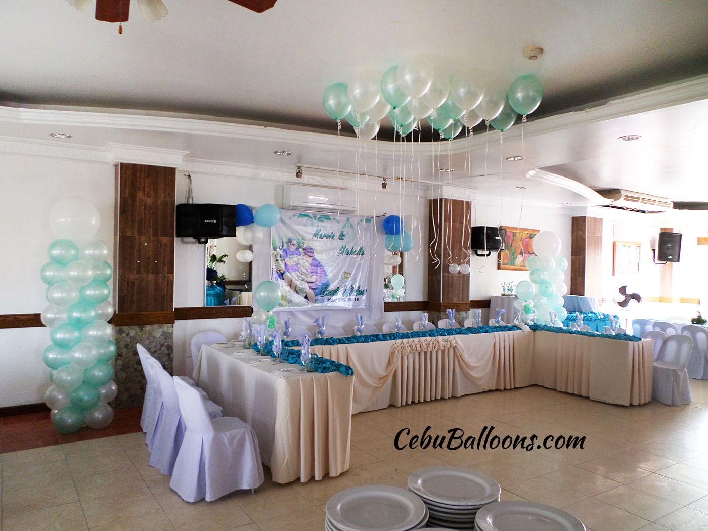 Wedding cebu balloons and party supplies balloons for a wedding celebration at maria lina catering building junglespirit Choice Image
