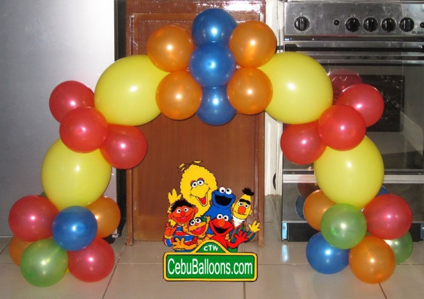Cake Arch for Sesame Street Birthday