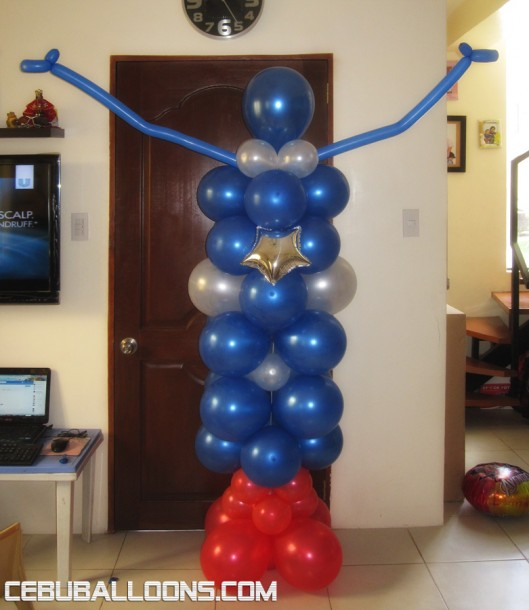 Captain America Balloon Sculpture