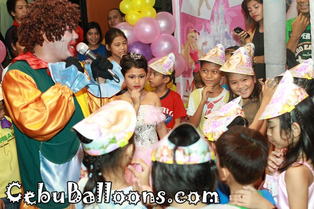 Cebu Clown Hosting & Balloon Twisting Services