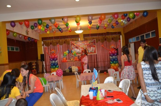 Circus Theme Balloon Setup at Hannah's Party Place