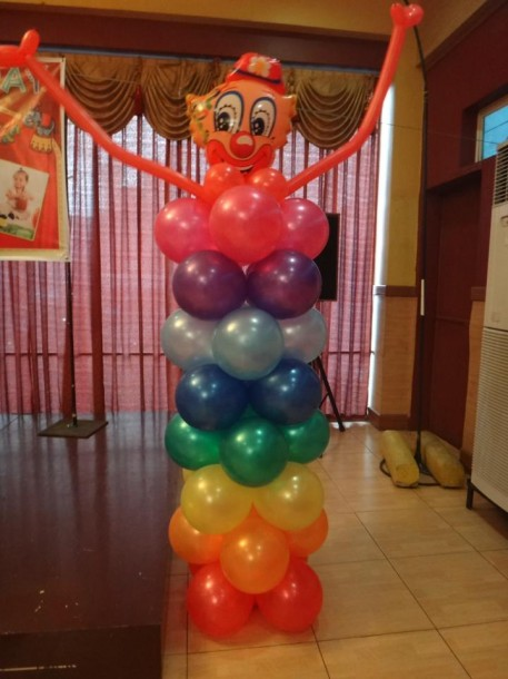 Clown Column