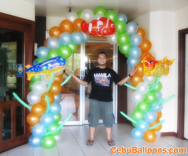 Finding Nemo Balloon Arch