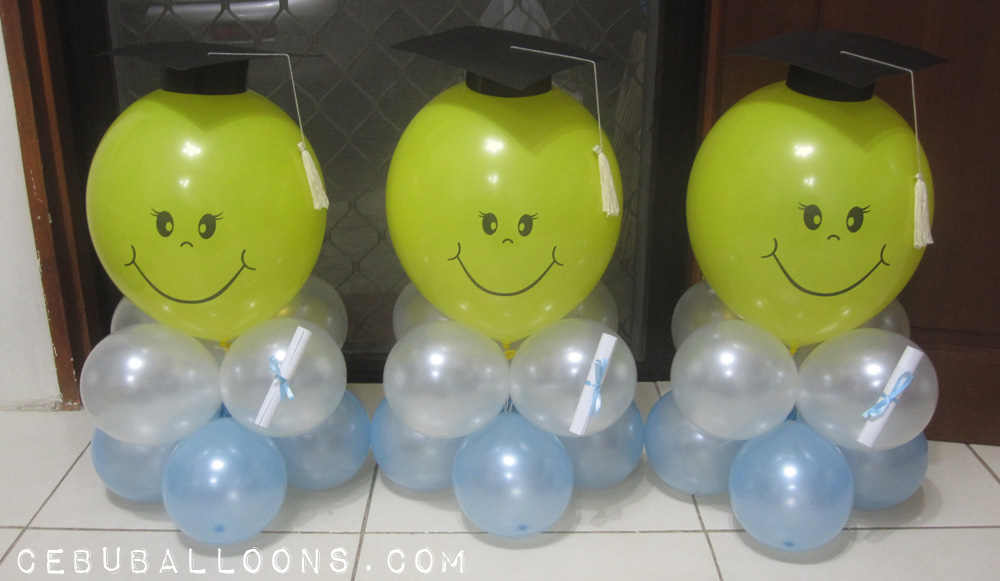Balloon centerpieces for tables cebu balloons and party for Balloon decoration ideas for graduation