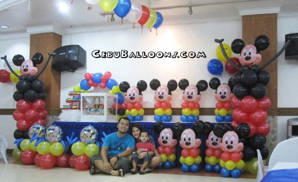 Mickey Mouse Balloon Decoration at Maria Lina