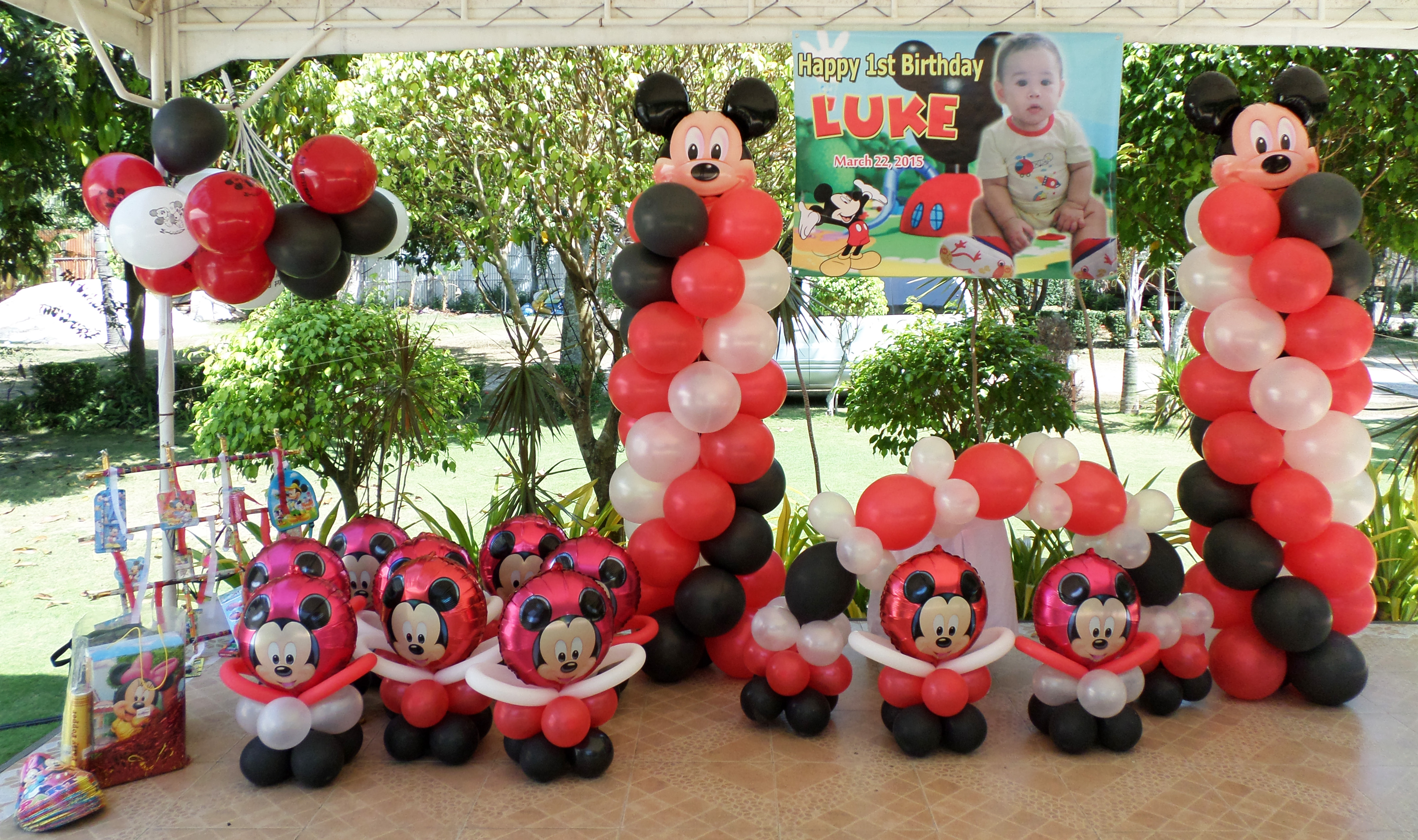 Mickey Mouse Decor Party Package At Ellens Garden