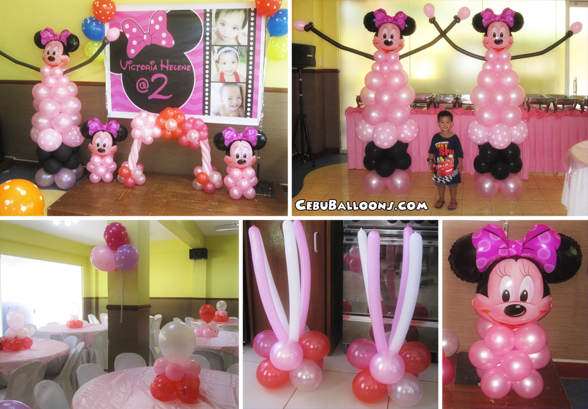 Minnie mouse balloon pillars at hannah 39 s party place for Balloon decoration for parties