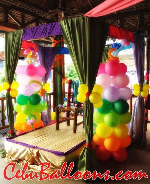 Rainbow Colors Balloon Columns