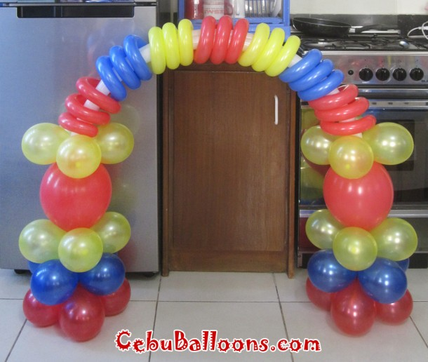Sesame Street Balloon Decor for Cake