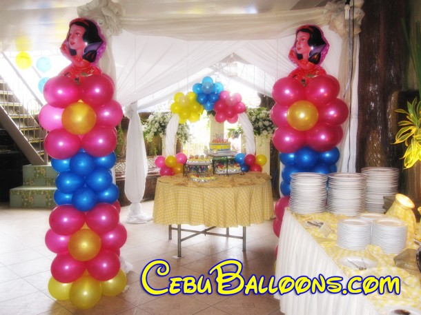Snow White Theme Balloon Decoration