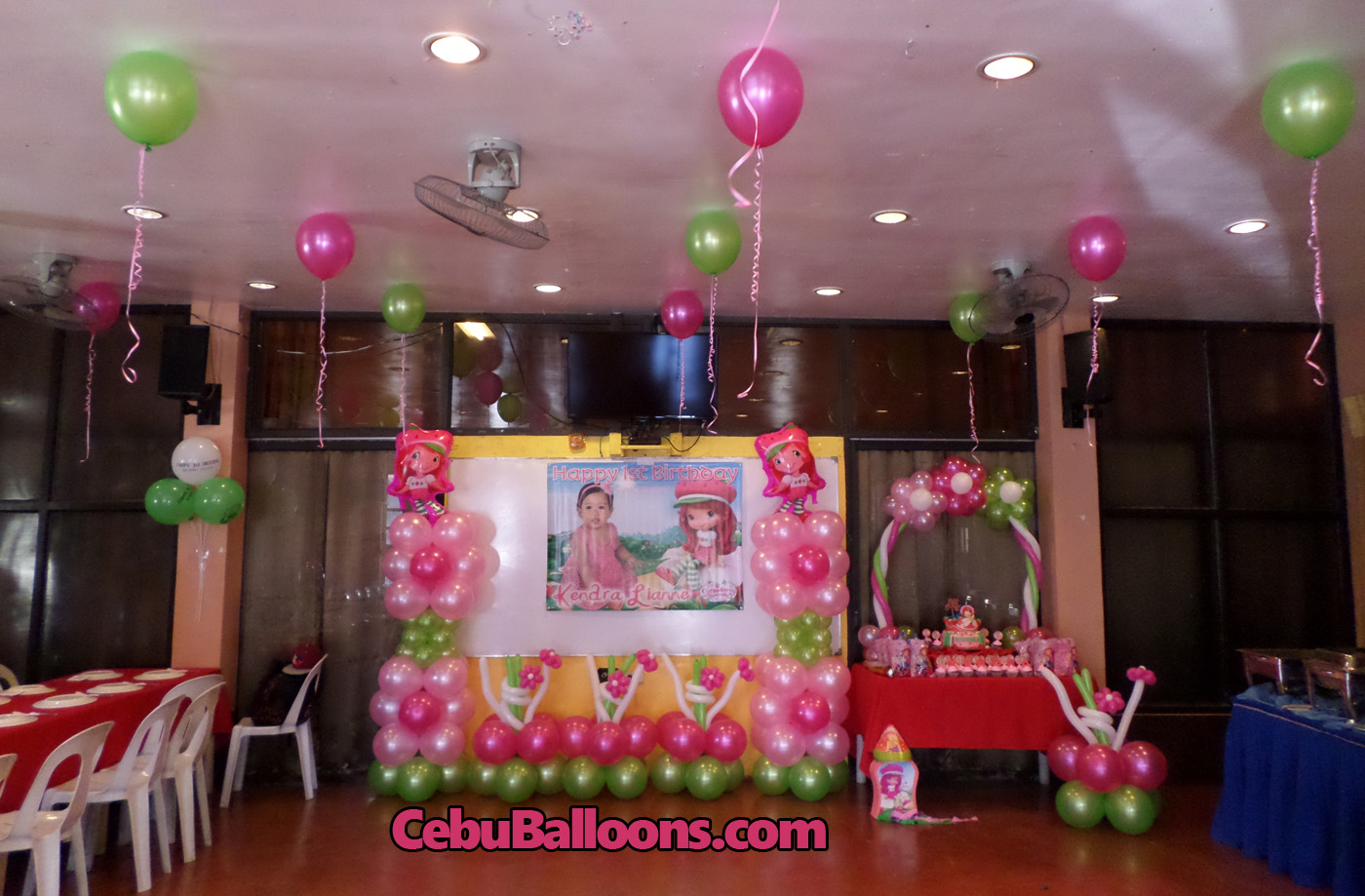 Birthday party venues in cebu cebu balloons and party for Balloon decoration ideas for 1st birthday