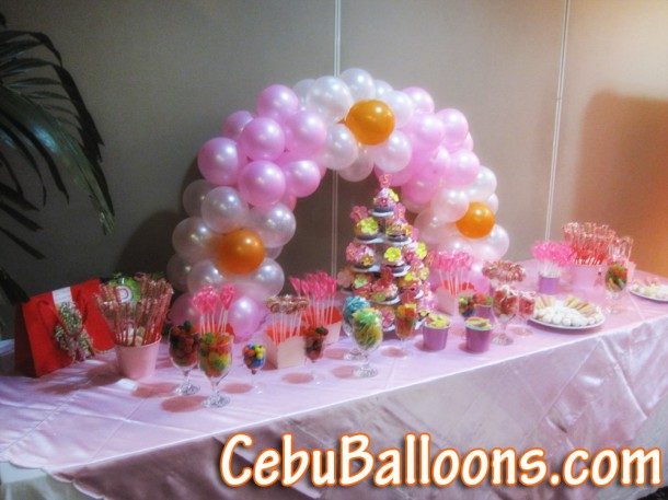 Table-top Cake Arch