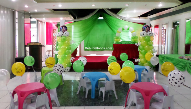 Toy Story Balloon Decoration (Yellow, Light Green & White) at Metro Park Hotel Restaurant
