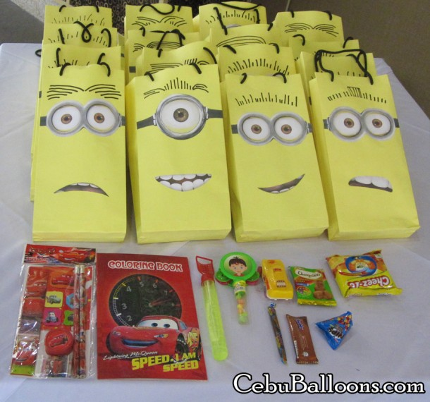 Minions Loot Bags with Goodies