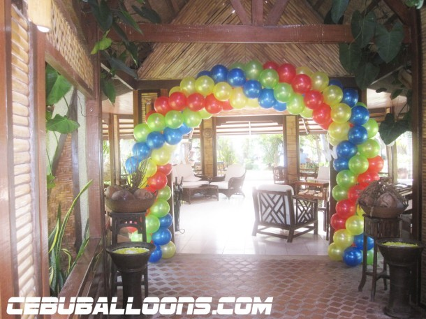 Sporty Entrance Arch at Lowaii Beach Resort