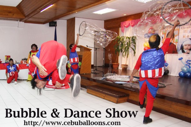 Bubble & Dance Show at Sacred Heart Center