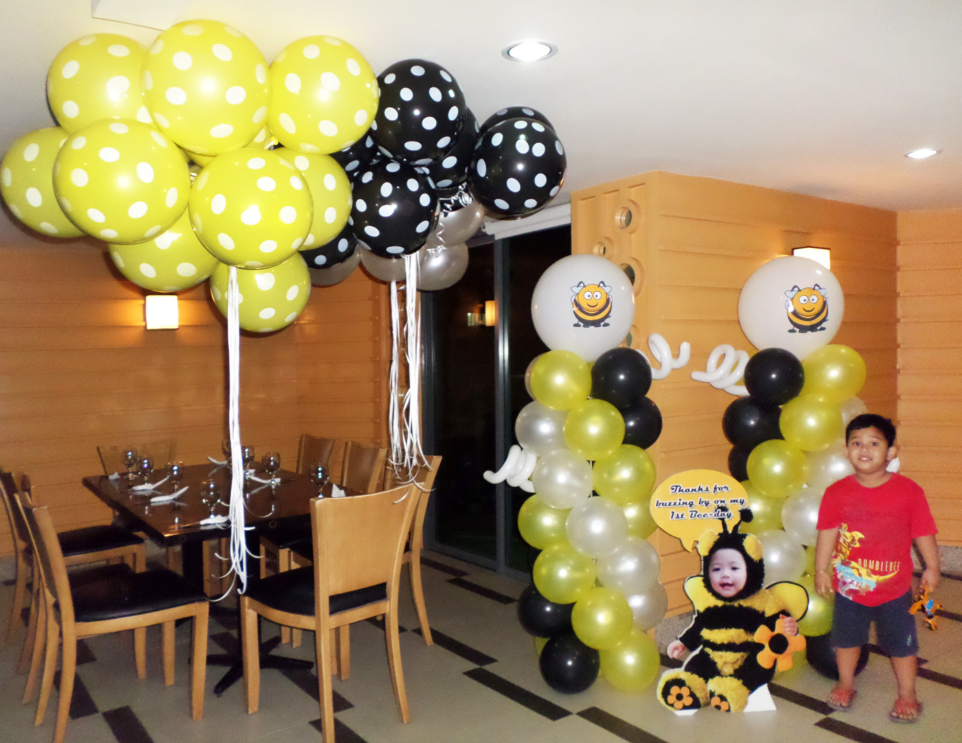 Bumble Bee Balloon Decoration With Celebrant Standee At City Suites Ramos Dish Bar Lounge